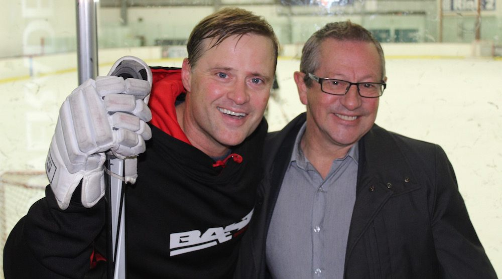 Former Canucks Ronning, Griffiths help Chinese women's hockey team prepare for UBC game