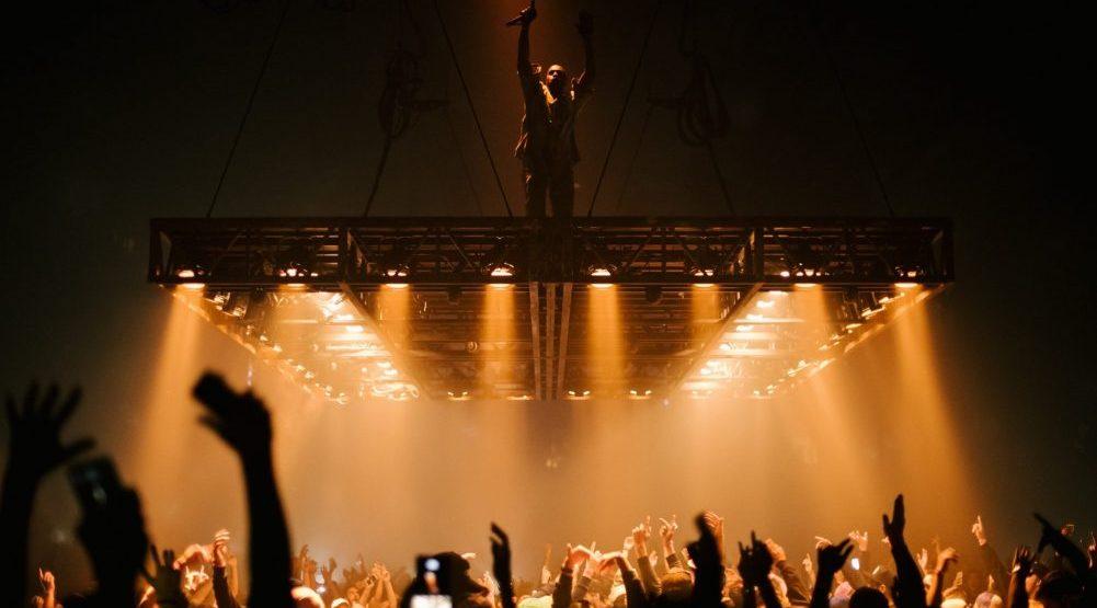 Kanye west %40 rogers arena brandon artis photography 6 e1476825141867