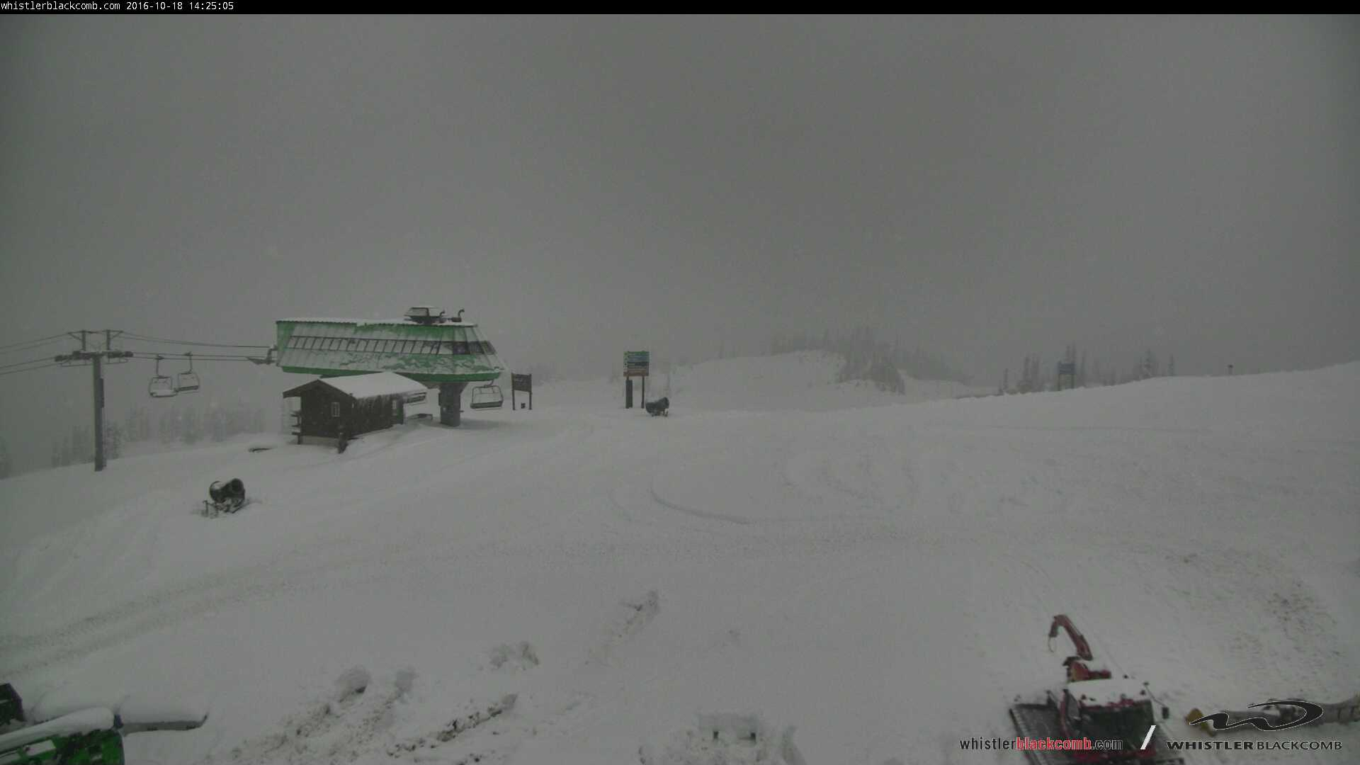 Webcam view of Emerald Chair on 18 October 2016 (Whistler Blackcomb)