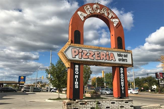 windsor pizza
