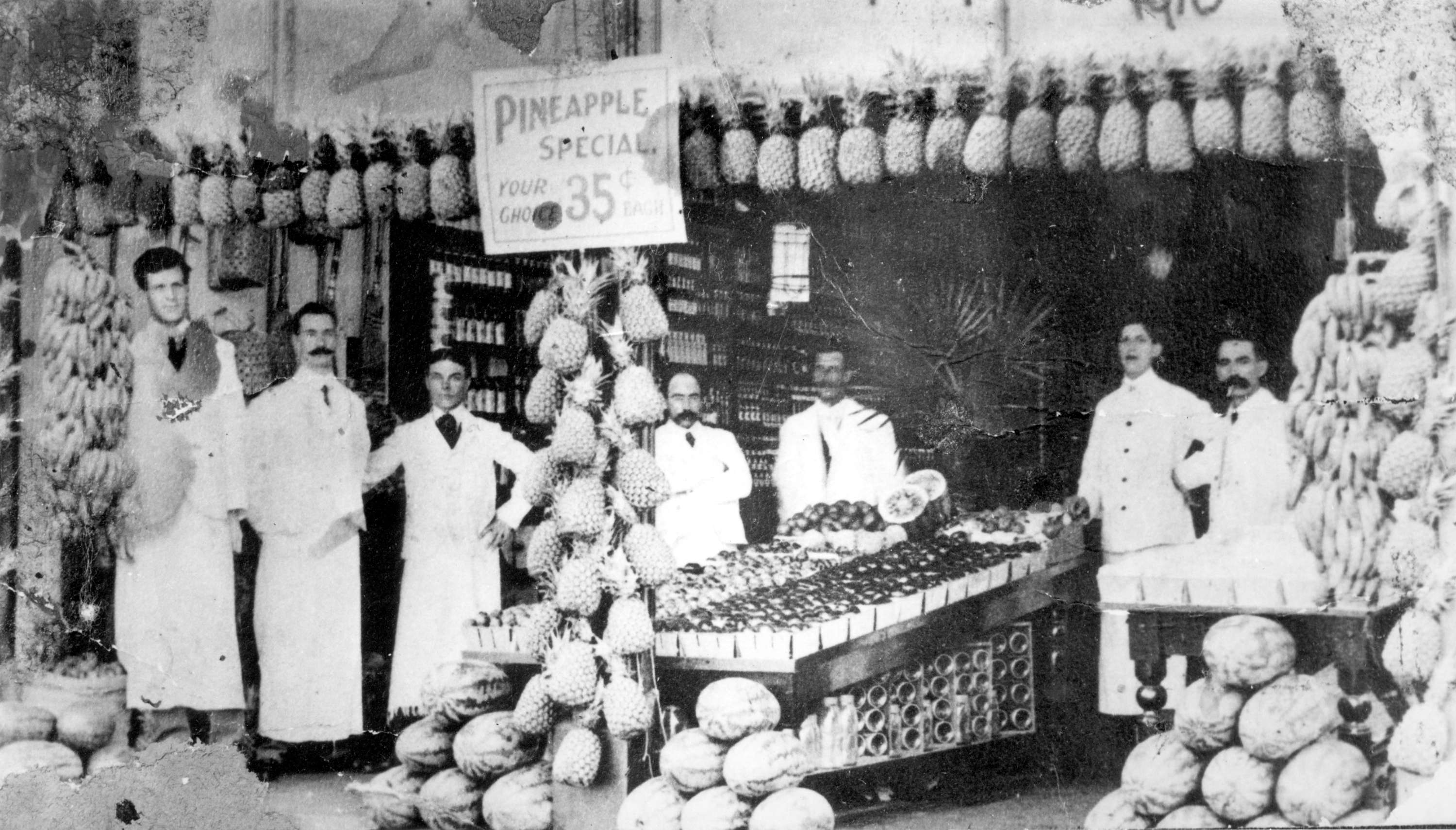 Inside the fruit department of Woodward's Department Store in 1905 (Woodward's Stores Limited)