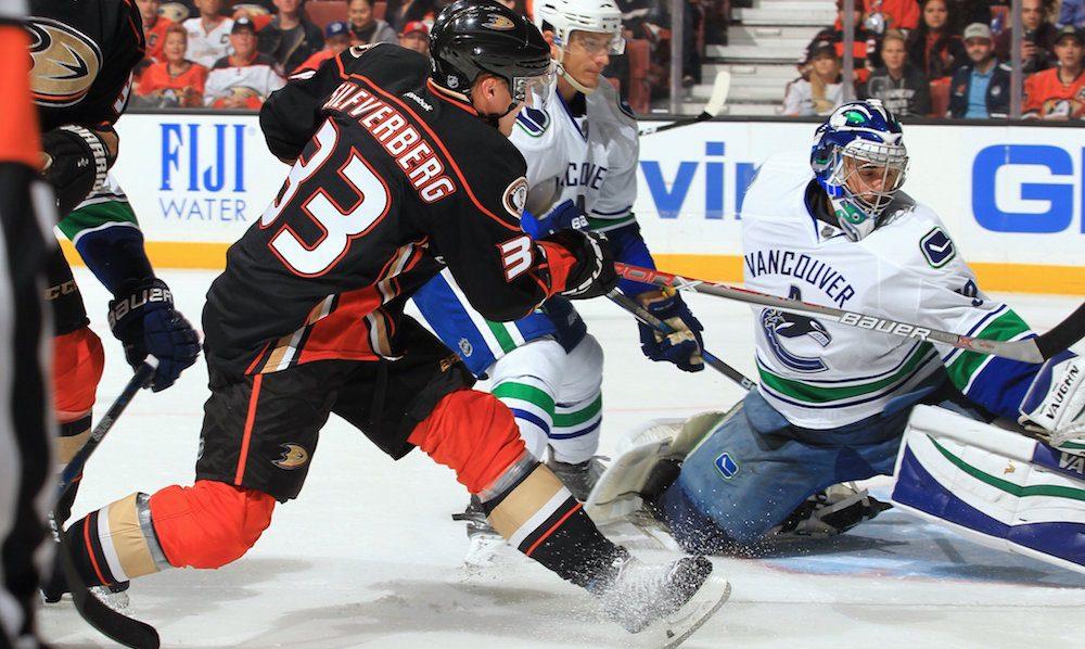 SixPack: Ducks serve Canucks their first regulation loss