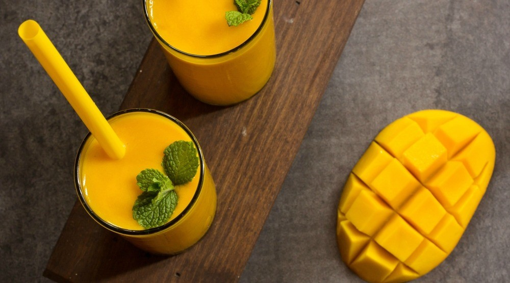 Make winter your beach with this tropical gingo smoothie