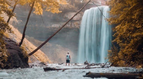 This stunning fall hike is just 1.5 hours from Toronto (PHOTOS)