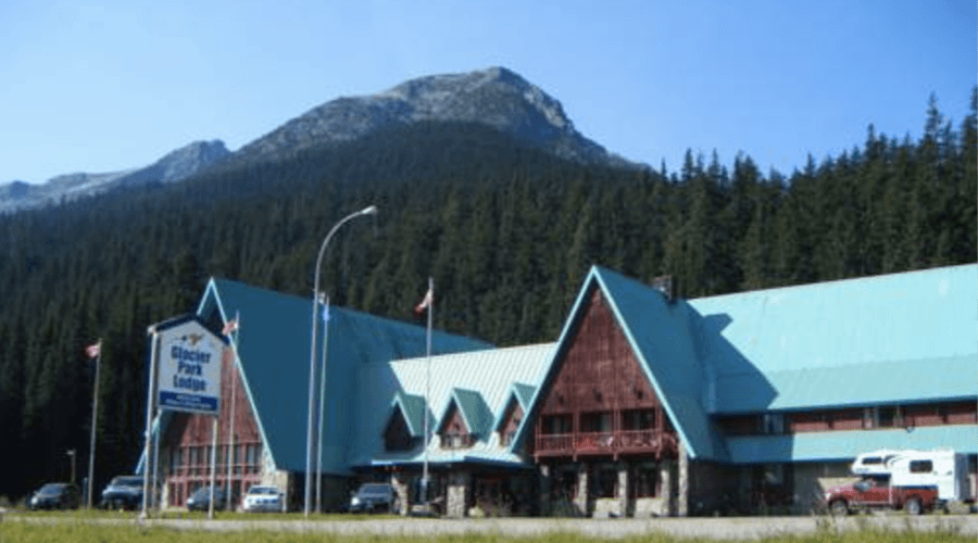 Glacier Park Lodge to be torn down by Parks Canada