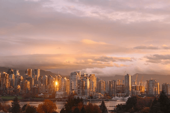 20 photos of this morning's stunning sunrise in Vancouver