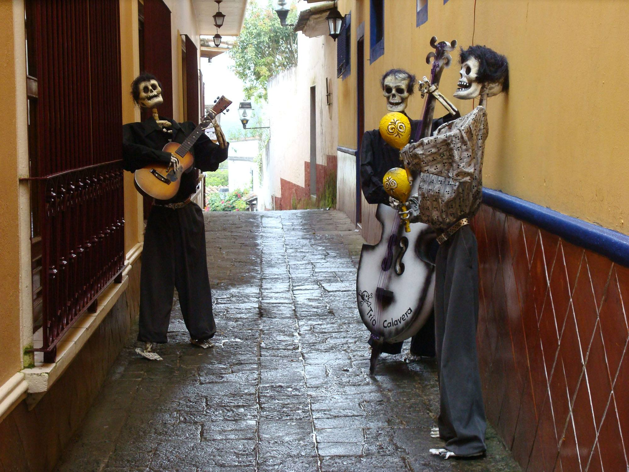 Day of the Dead musicians (Mexico Tourism Board)