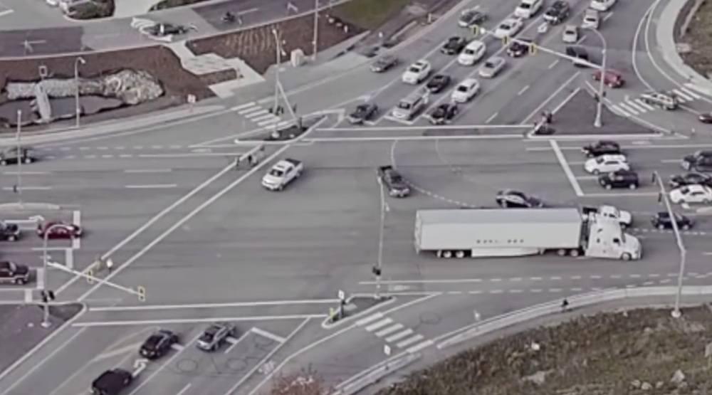 Delta wants Highway 17 pedestrian overpass to Tsawwassen Mills