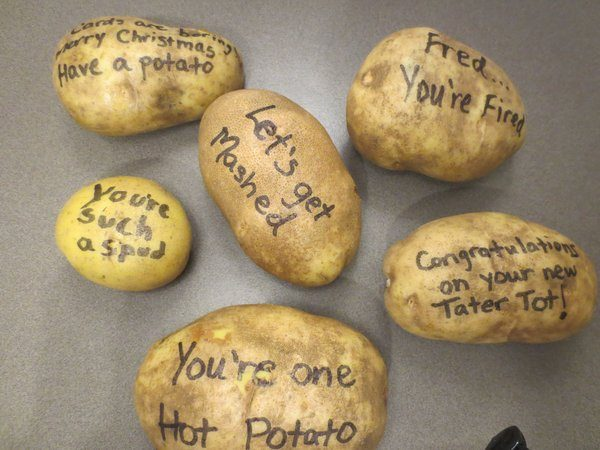Messages on potatoes (Tatergrams)