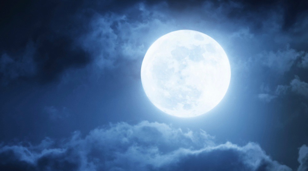 November's supermoon will be the biggest moon in 70 years