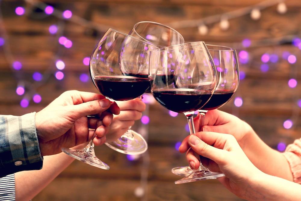 Wine glasses/Shutterstock