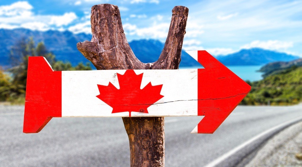 Canada Wooden Sign (ESB Professional/Shutterstock)