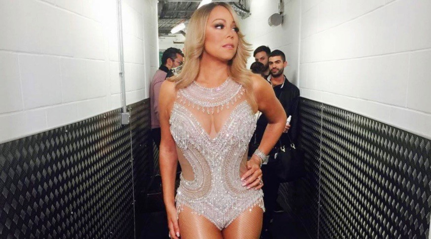 Mariah carey reportedly getting paid 1m to sing two songs in toronto