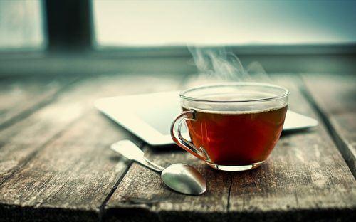 Tea/ Shutterstock