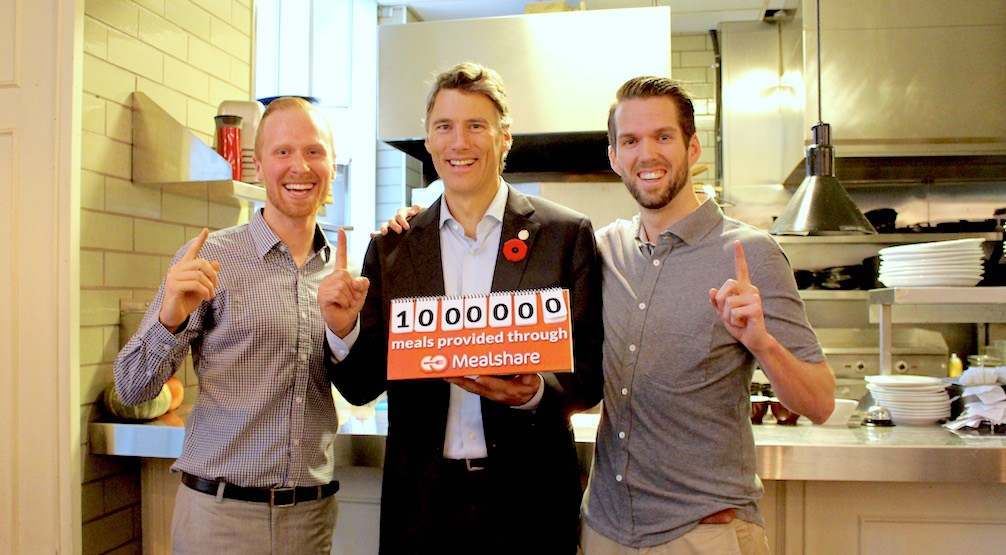 Mayor Gregor Robertson helps Mealshare celebrate 1 million donated meals