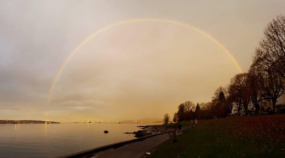 Vancouver nov 9 2016 rainbow stanley park