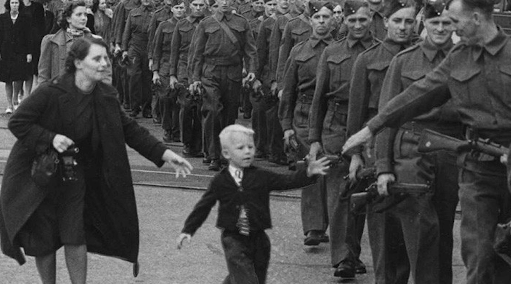 23 historic photos of Vancouver during WWI and WWII