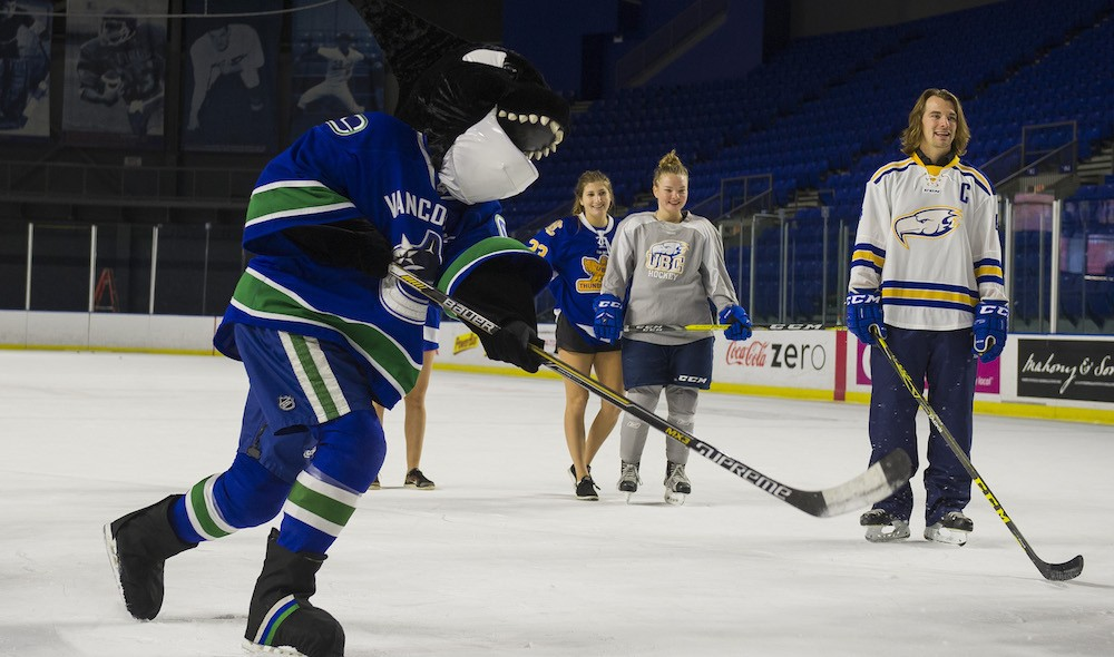 Canucks hold open practice fundraiser at UBC this Saturday
