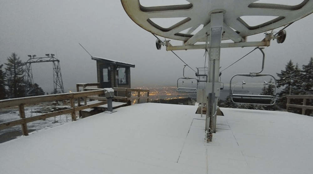Grouse Mountain gets first dusting of snow (PHOTOS)