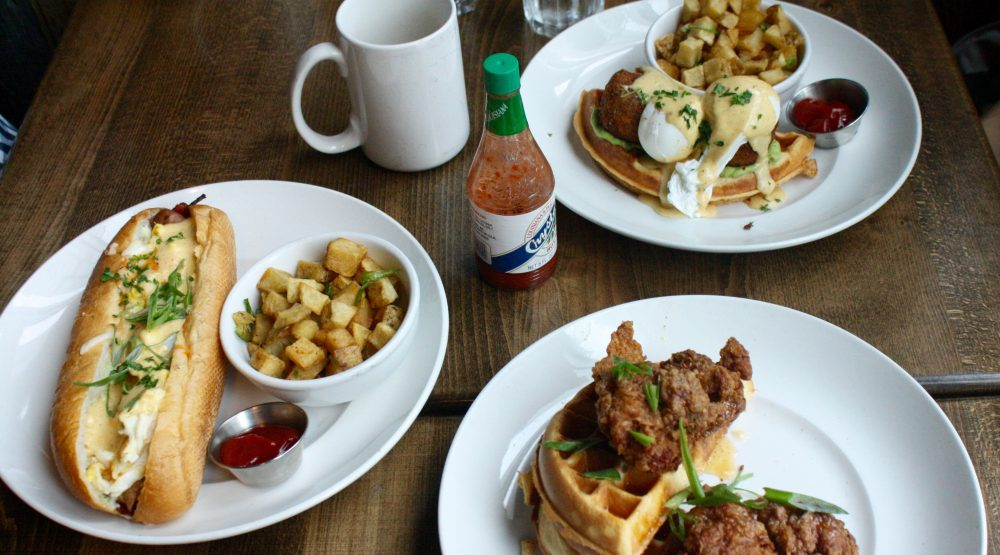 The Ultimate Vancouver Brunch Guide: Chewies Steam & Oyster Bar