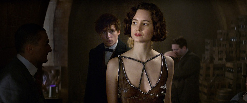 Katherine Waterston in Fantastic Beasts and Where to Find Them - Movie Review by Dan Nicholls