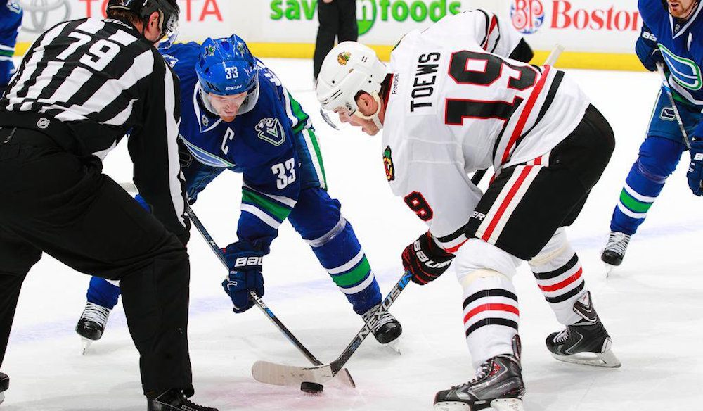 Canucks face Blackhawks looking for 2nd straight win