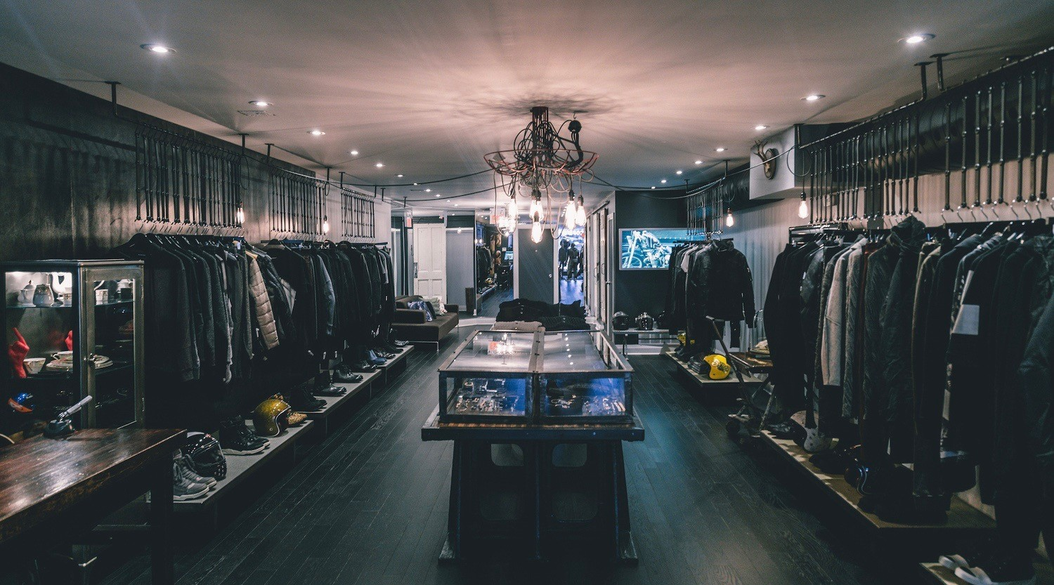 """Toronto clothing store in hot water over Black Friday """"play on words"""""""