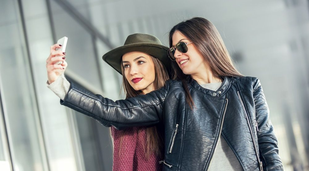 5 things to do with your girlfriends this winter
