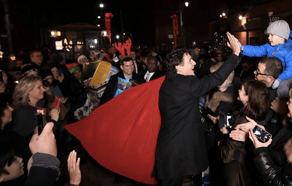 11 photos of Justin Trudeau at the Toronto Christmas Market