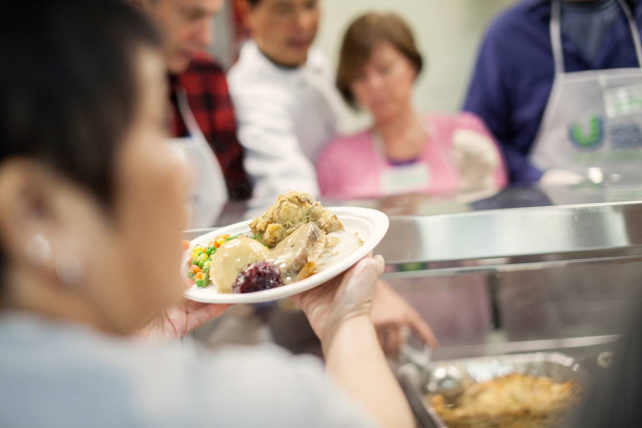 Christmas dinner at the Union Gospel Mission (Andrew Taran/UGM)