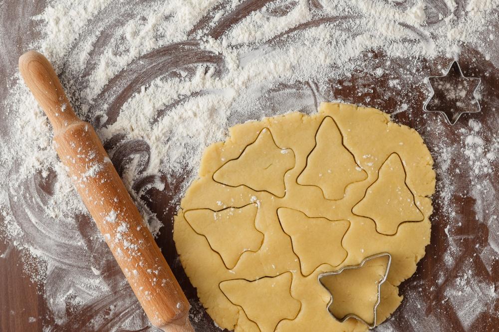 Baking Christmas cookies/Shutterstock