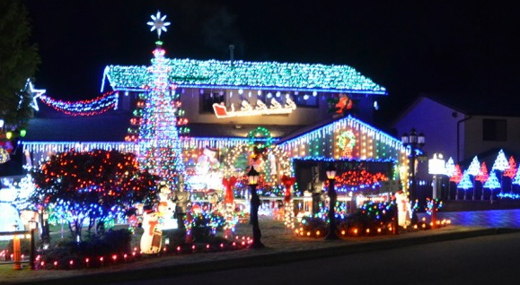 Christmas lights at the duplessis family home in burnaby joel duplessis feature