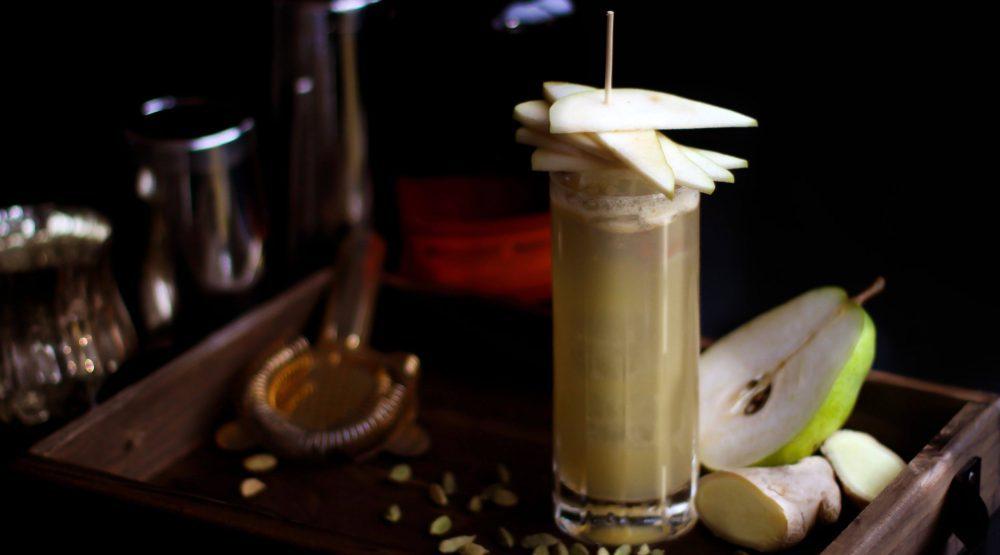 Spiked apple cider min1 e1481055539636