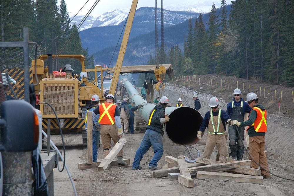 Pipeline construction / Trans Mountain