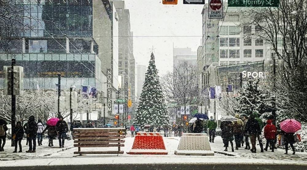 Robson street christmas tree snow