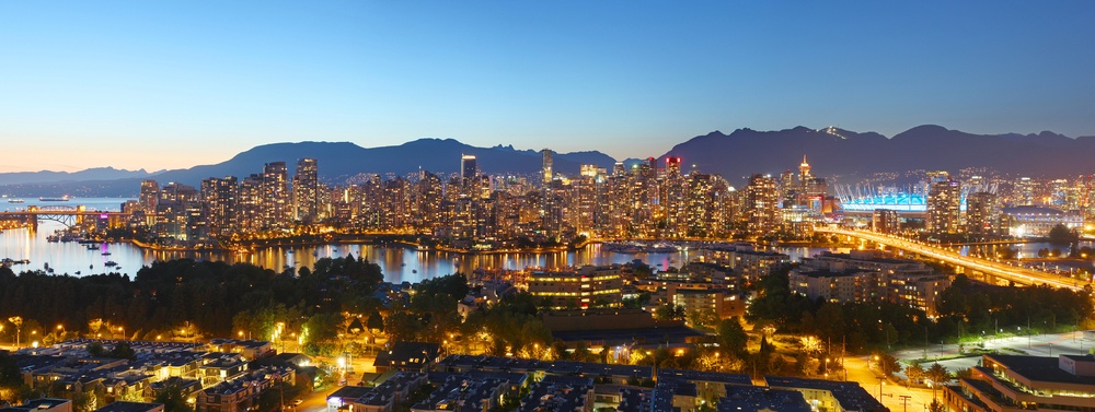 how to get cheap flights from toronto to vancouver
