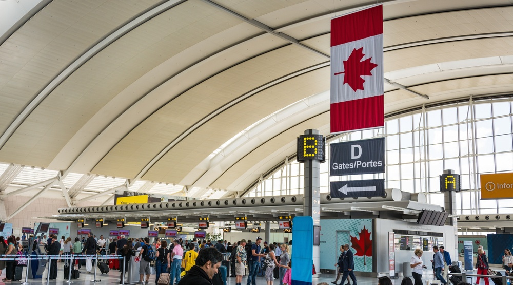 Government introducing new bill to protect Canadian air passenger rights