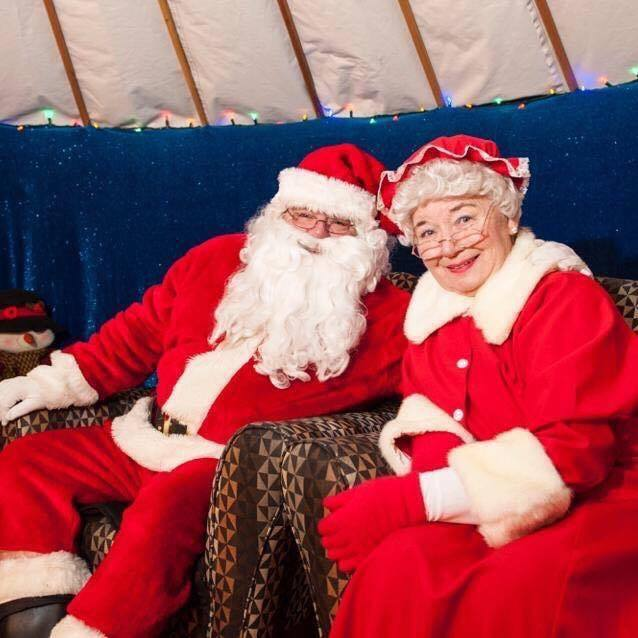 Mr. and Mrs. Claus (Image: Courtesy of Ernie Daykin)
