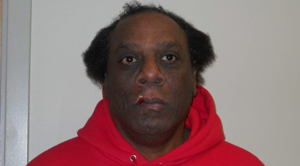 Police warn of high-risk sex offender living in Vancouver