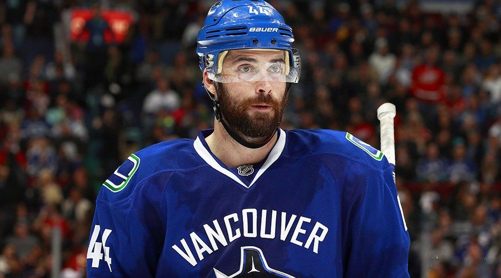 Report: Gudbranson closing in on signing contract extension with Canucks