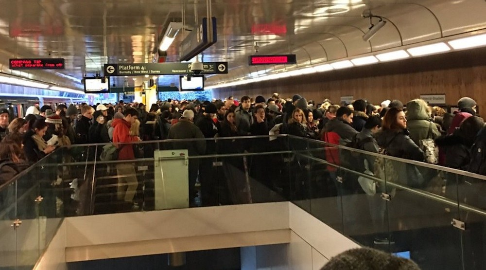 Skytrain delays crowding crowds