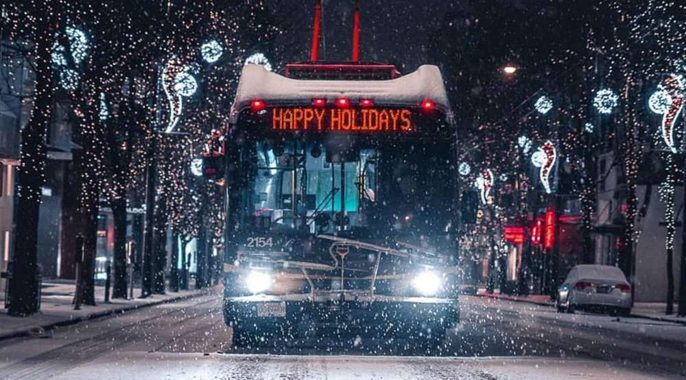 Happy holidays vancouver bus
