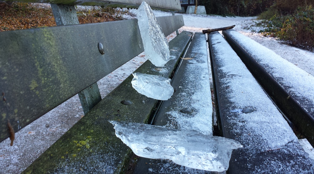 Seawall closed due to winter conditions