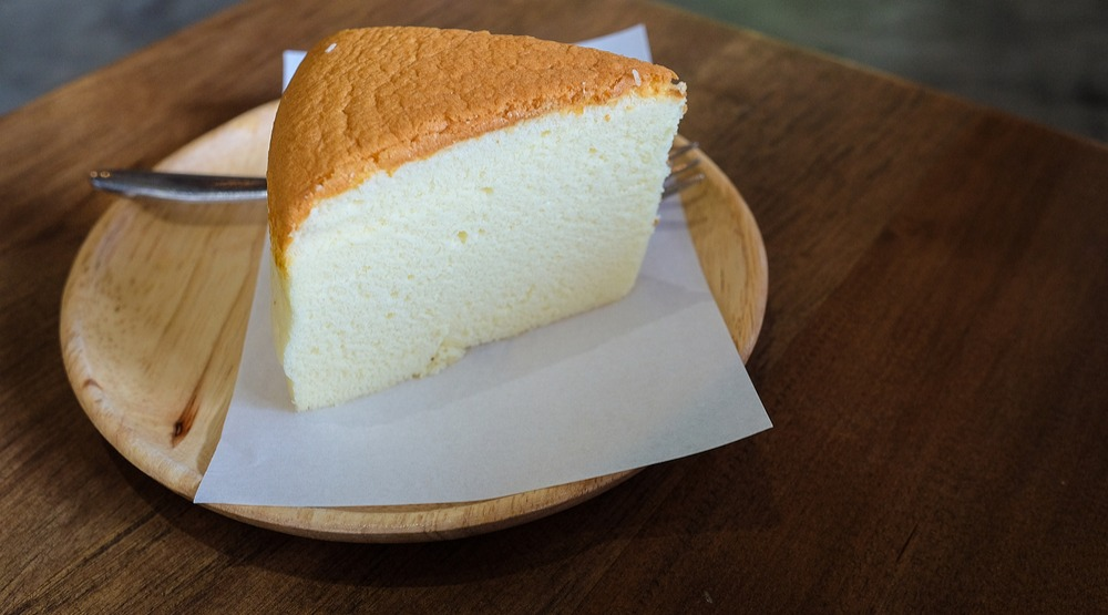 Why is everyone obsessed with Japanese cheesecake and where can you get it in Vancouver?
