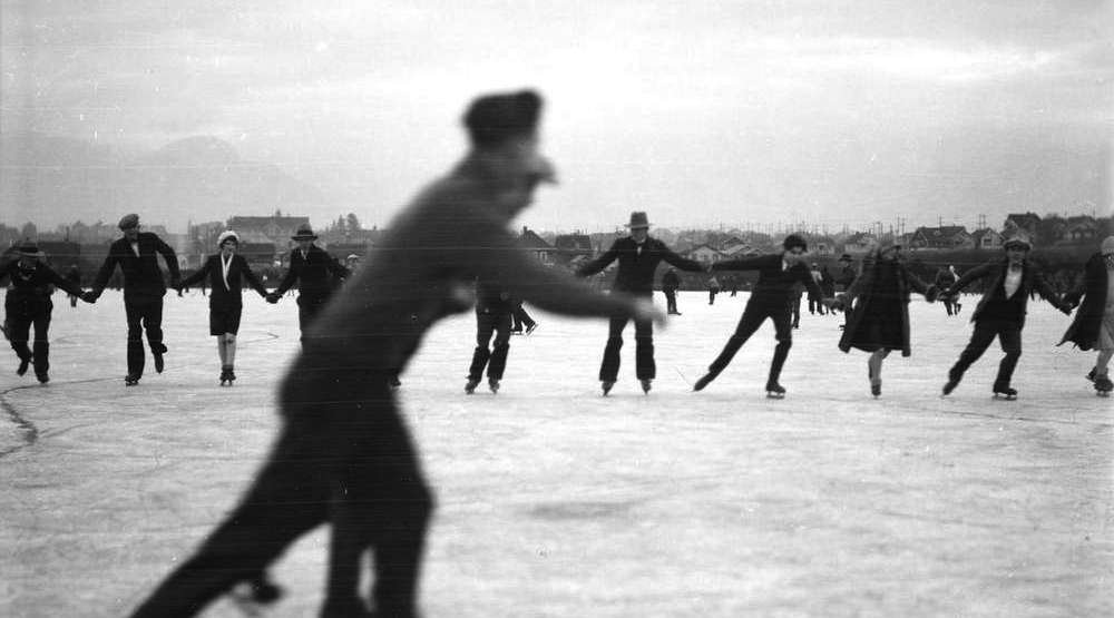 18 vintage photos of frozen lake skating in Vancouver