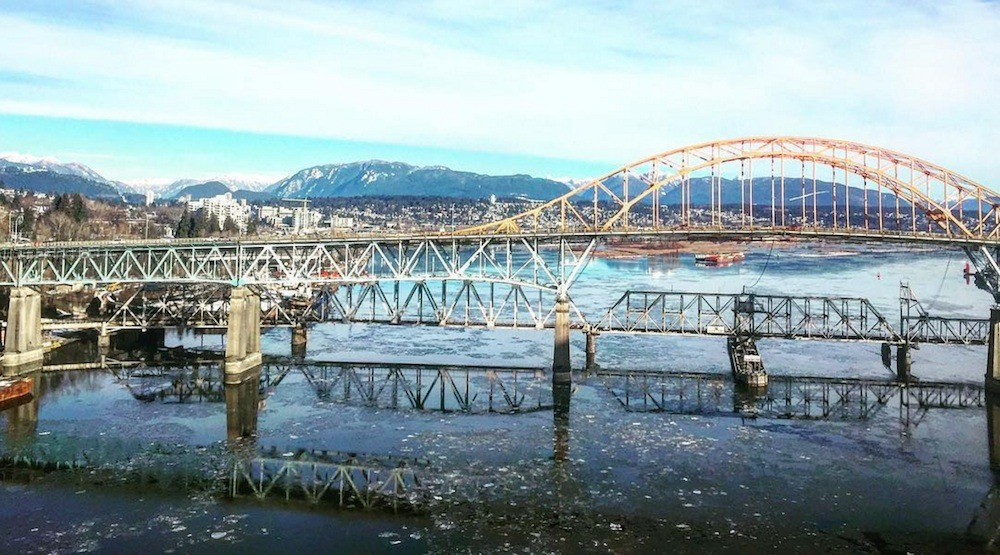 There are icebergs floating down the Fraser River in Metro Vancouver (PHOTOS, VIDEOS)