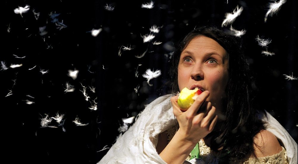 Theatre Preview: Mess provides insight into overcoming anorexia