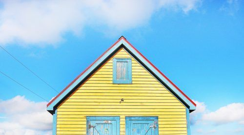 Small home house real estate (Cory Woodruff/Shutterstock)