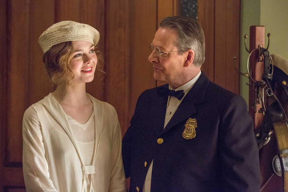 Elle Fanning and Chris Cooper in Live By Night - Movie Review