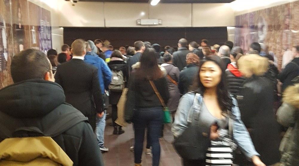 Skytrain expo line delays crowds